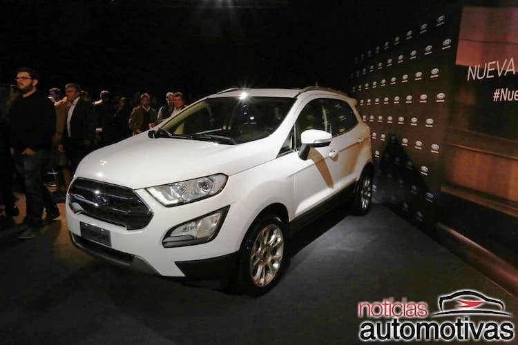 "Ford EcoSport 2018 ""chot gia"" vao thang 8/2017-Hinh-2"