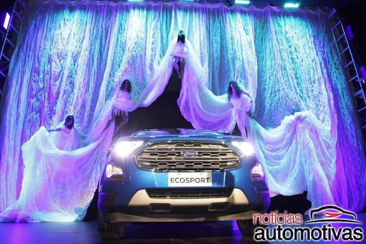 "Ford EcoSport 2018 ""chot gia"" vao thang 8/2017"