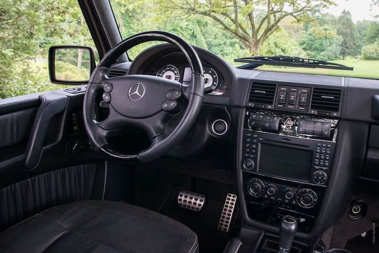 "Mercedes G55 AMG mui tran, ""hang thua"" gia 2,67 ty-Hinh-4"
