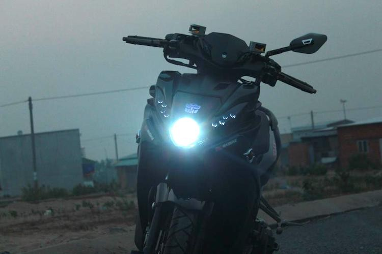 "Yamaha Nouvo SX ""hang khung"" cua dan choi An Giang-Hinh-3"