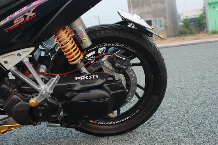 "Yamaha Nouvo SX ""hang khung"" cua dan choi An Giang-Hinh-6"