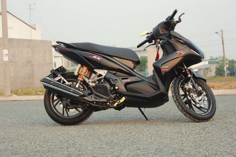 """Yamaha Nouvo SX """"hang khung"""" cua dan choi An Giang"""