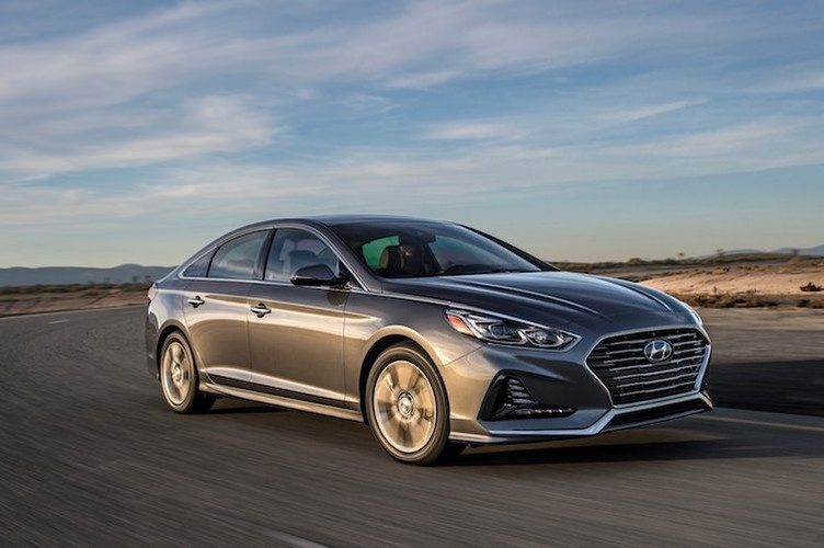 """Dau"" Toyota Camry, Hyundai Sonata 2018 chot gia 500 trieu-Hinh-5"