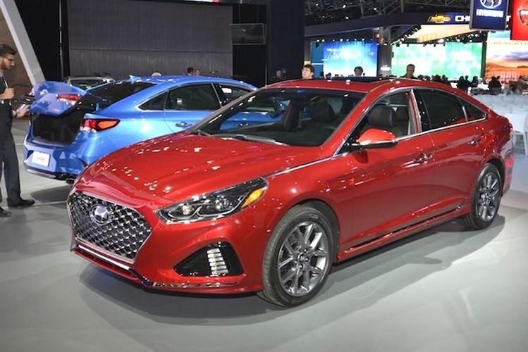 """Dau"" Toyota Camry, Hyundai Sonata 2018 chot gia 500 trieu-Hinh-7"