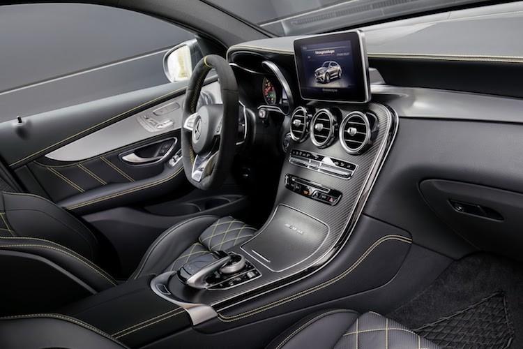 "Sieu SUV Mercedes-AMG GLC 63 ""chot gia"" tu 2,46 ty-Hinh-5"