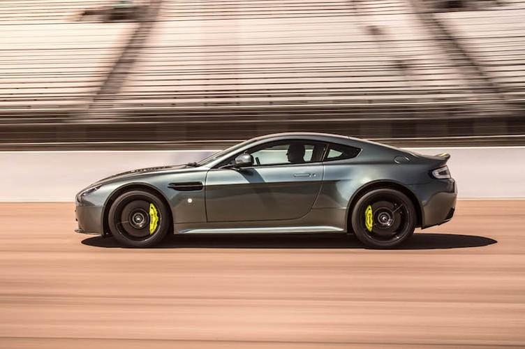 """Bo doi sieu xe Aston Martin """"khung"""" gia tu 2,85 ty-Hinh-6"""