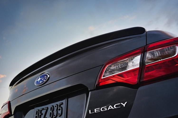 """Cap doi Subaru Legacy & Outback 2018 """"chot gia"""" 504 trieu-Hinh-9"""
