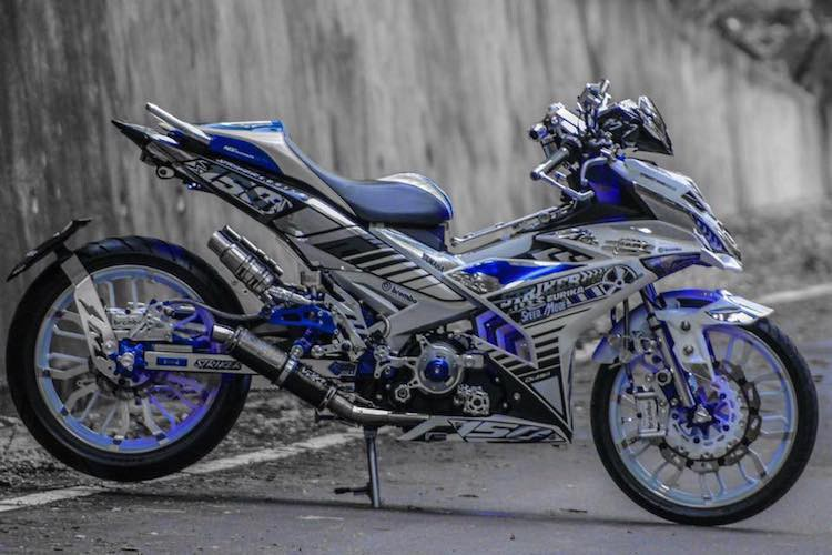 Can canh Yamaha Exciter 150 do khung nhat The gioi