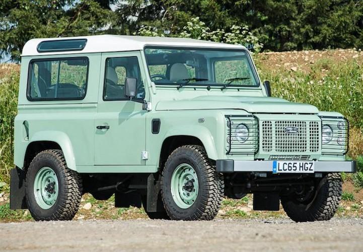 Mr.Bean ban xe dia hinh Land Rover Defender gia 1,3 ty-Hinh-2