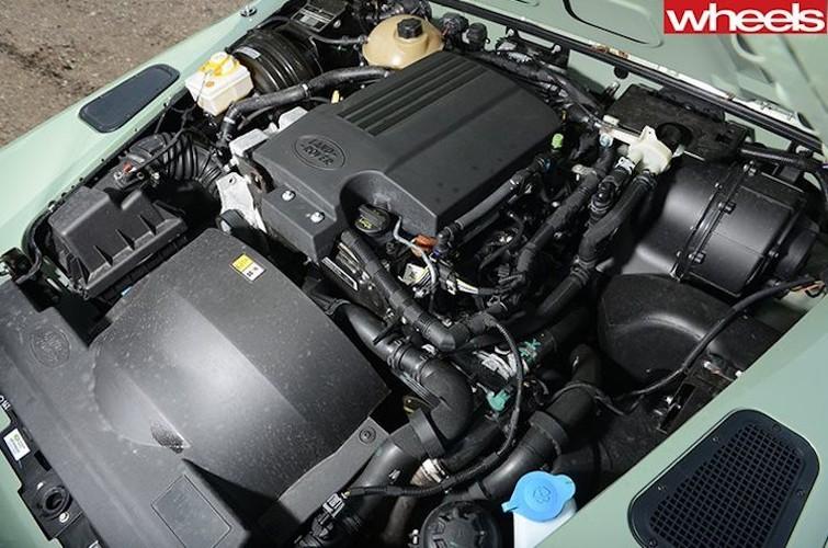 Mr.Bean ban xe dia hinh Land Rover Defender gia 1,3 ty-Hinh-6