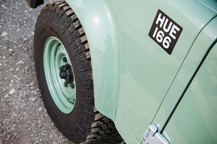 Mr.Bean ban xe dia hinh Land Rover Defender gia 1,3 ty-Hinh-8