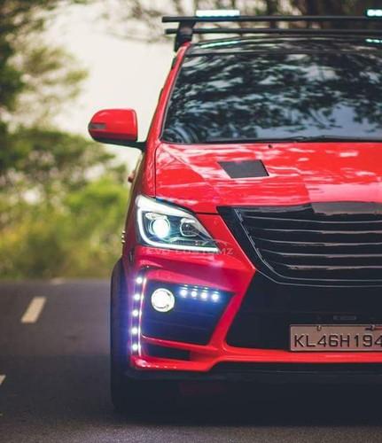 Can canh Toyota Innova do Lexus gia chi 70,4 trieu-Hinh-3
