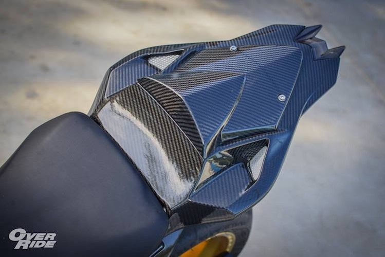 "Sieu moto BMW S1000RR HP4 tien ty do ""sieu khung""-Hinh-11"