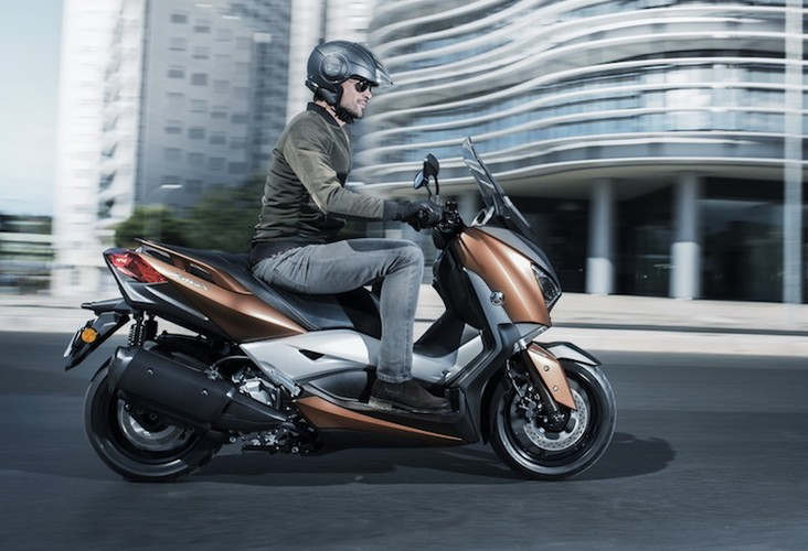 """Xe ga Yamaha X-Max 400 """"chot gia"""" 163 trieu dong-Hinh-4"""