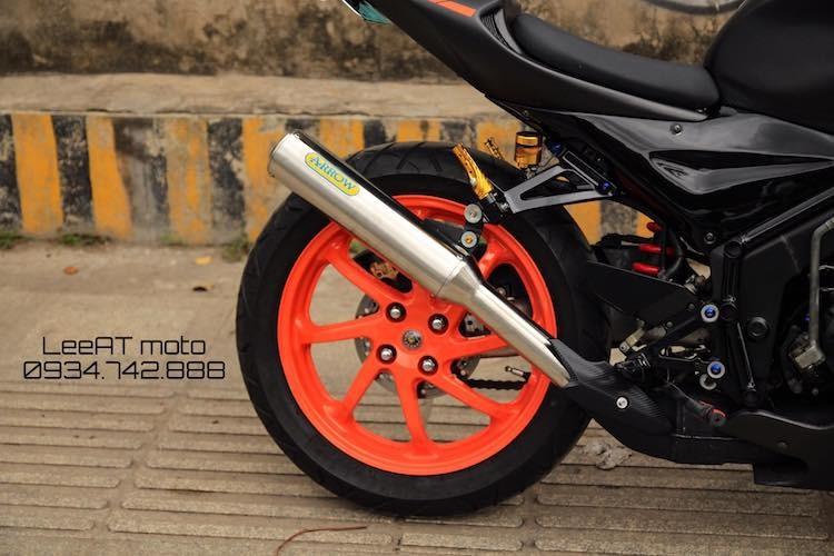 Tho Viet do Honda NSR150 thanh moto Kawasaki tien ty-Hinh-6