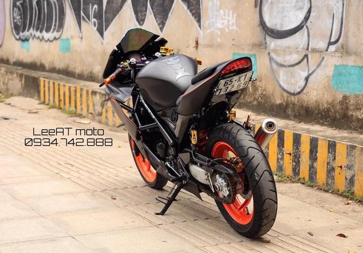 Tho Viet do Honda NSR150 thanh moto Kawasaki tien ty-Hinh-7