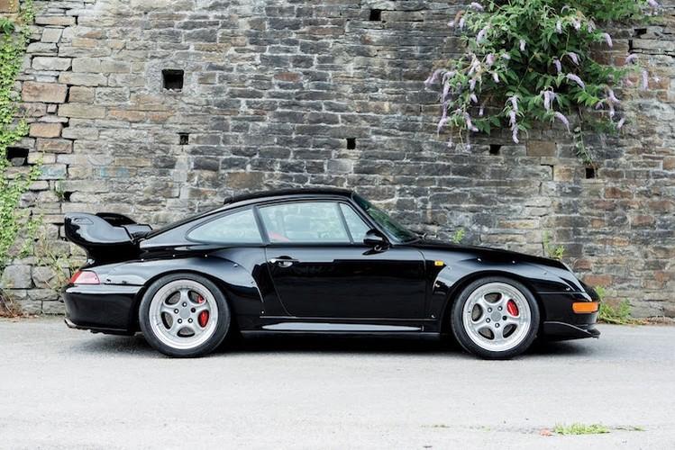 """Sieu xe """"hang co"""" Porsche 911 GT2 thet gia ca trieu do-Hinh-7"""