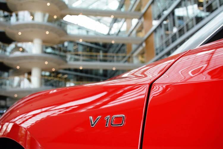 """Cham mat"" sieu xe Audi R8 Spyder Plus gia 5,2 ty-Hinh-5"