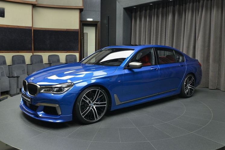 "Can canh xe sang BMW M760Li ""full option"" gia 4,5 ty-Hinh-2"
