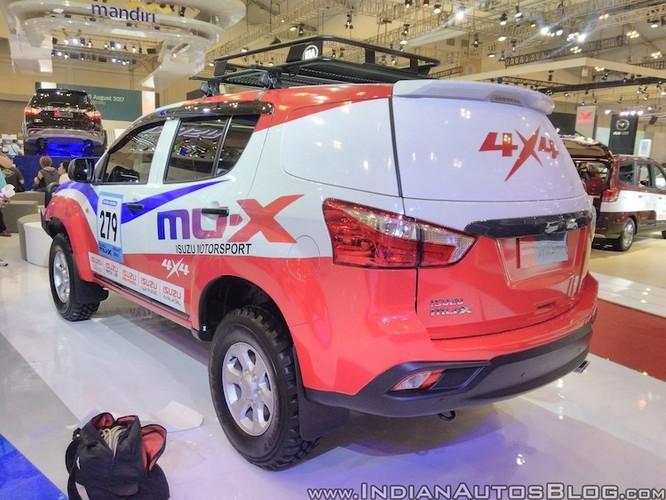 "Isuzu ra mat xe oto dia hinh off-roader MU-X 2017 ""cuc doc""-Hinh-4"