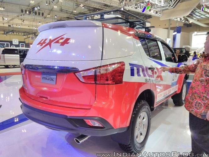 "Isuzu ra mat xe oto dia hinh off-roader MU-X 2017 ""cuc doc""-Hinh-8"