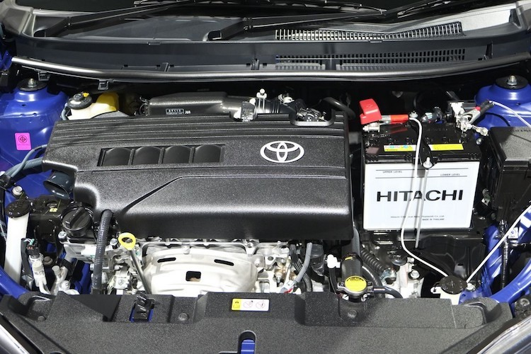 """Soi"" sedan Toyota Yaris Ativ re hon Vios gia chi 320 trieu-Hinh-7"