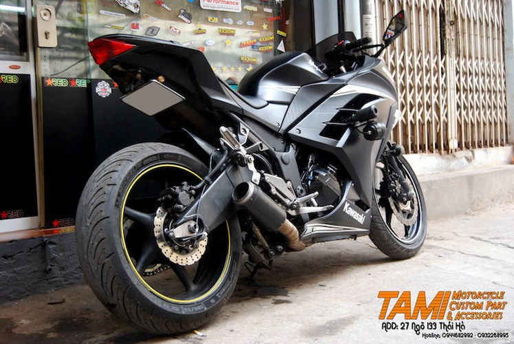 """Moto Kawasaki Ninja 300 do """"chan dai"""" Yamaha R6 tai Ha Noi-Hinh-2"""