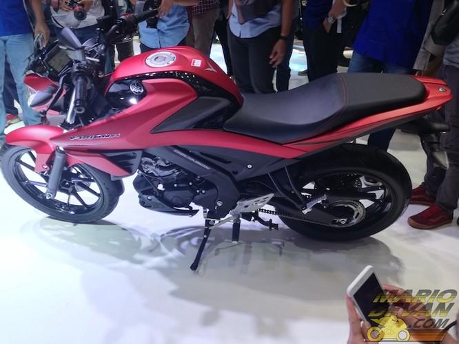 Xe moto Yamaha V-ixion R 150 moi gia 49 trieu co gi?-Hinh-6