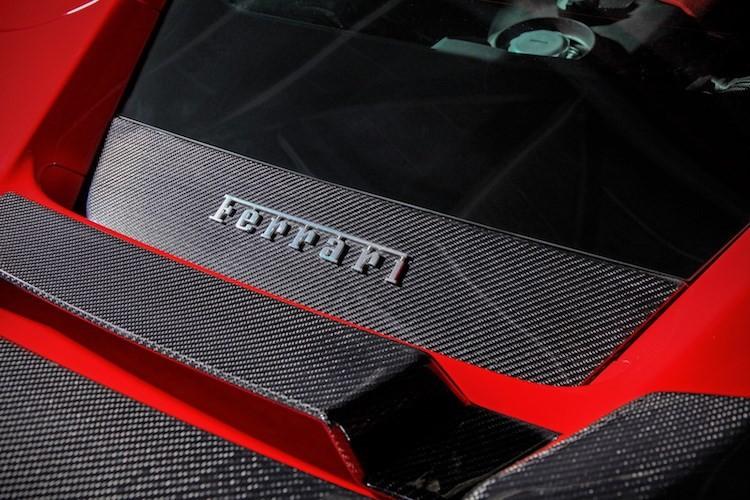 """""""Soi"""" sieu xe Ferrari 488 GTB do khung het 1 ty dong-Hinh-5"""