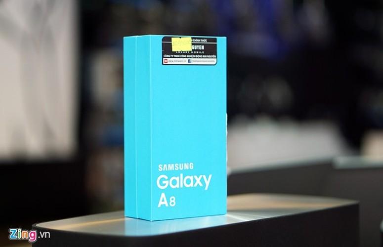 Hinh anh mo hop smartphone Samsung Galaxy A8 sieu mong tuyet dep
