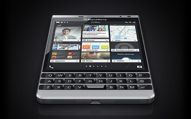 Soi ti mi dien thoai BlackBerry Passport ban moi dep nhu mo-Hinh-4