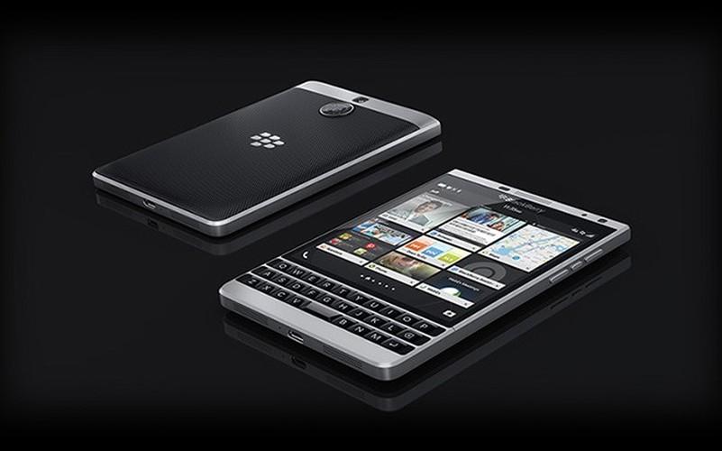 Soi ti mi dien thoai BlackBerry Passport ban moi dep nhu mo-Hinh-9