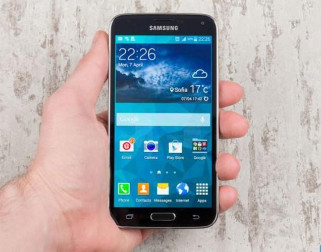 Diem mat 4 smartphone pho bien nhat cua Samsung-Hinh-2