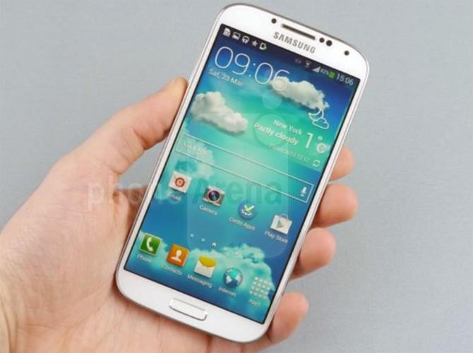 Diem mat 4 smartphone pho bien nhat cua Samsung-Hinh-3