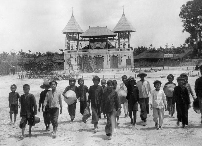 Anh doc ve dao Cao Dai o mien Nam nam 1930