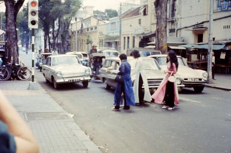 Loat anh cuc sinh dong ve Sai Gon nam 1965-1966 cua linh My (2)