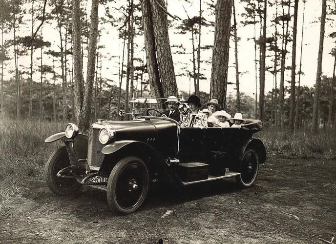 Da Lat thap nien 1920 trong anh cua Raymond Chagneau (2)