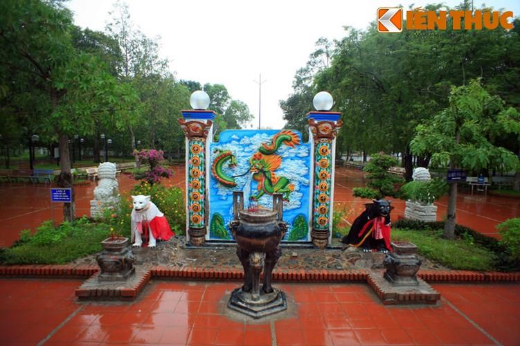 Truyen thuyet cam dong ve dinh Thay Thim noi tieng troi Nam-Hinh-11