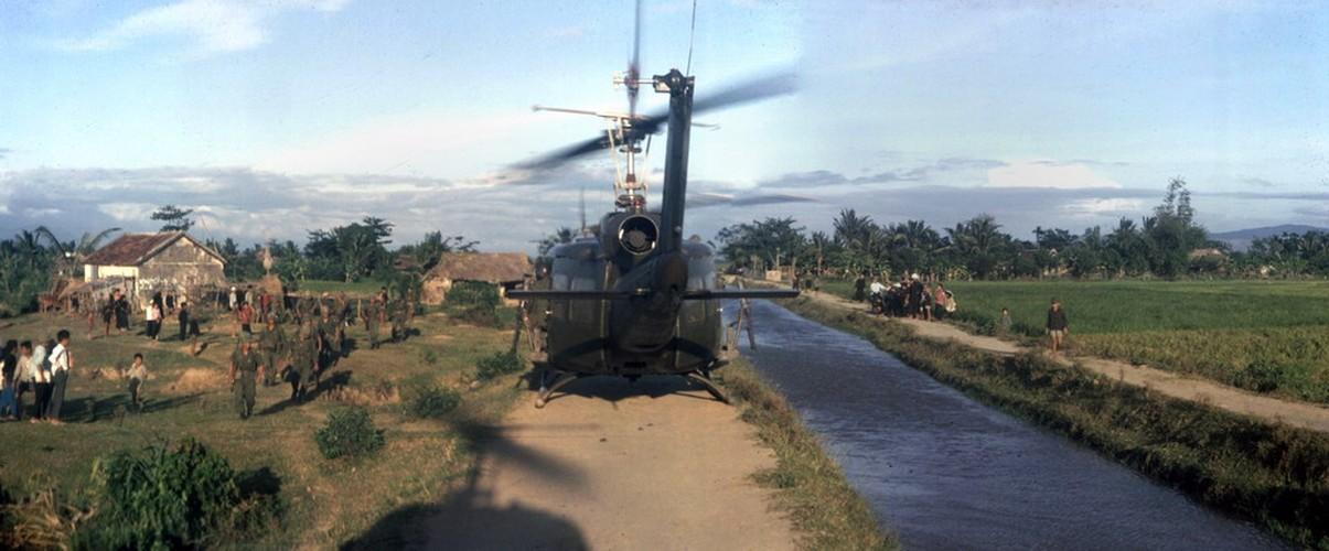 Chien tranh Viet Nam trong loat anh cua Phillip Kemp (1)-Hinh-10