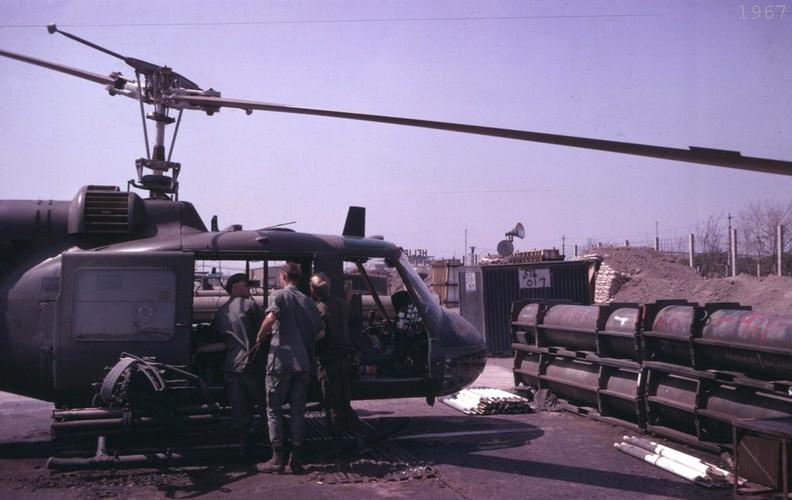 Chien tranh Viet Nam trong loat anh cua Phillip Kemp (2)-Hinh-10