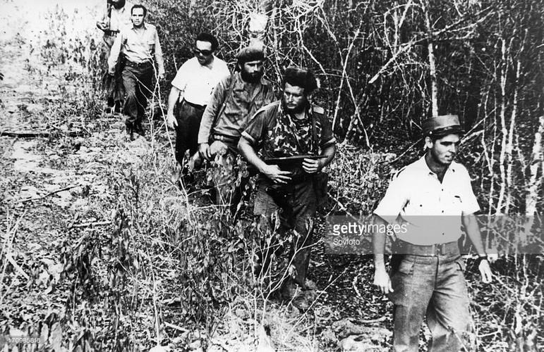 Tai lanh dao cua lanh tu Fidel va tran chien vinh Con Lon (2)-Hinh-2