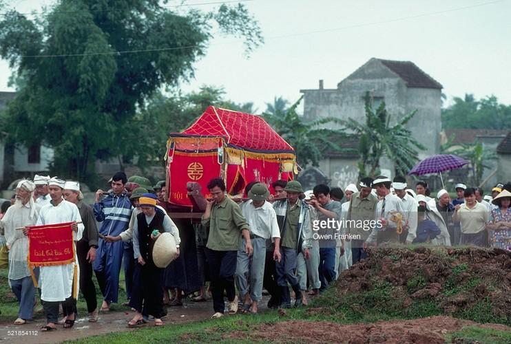 Boi hoi ngam anh than thuong ve Ha Noi nhung nam 1990-Hinh-11