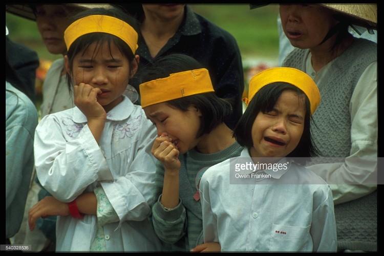 Boi hoi ngam anh than thuong ve Ha Noi nhung nam 1990-Hinh-15