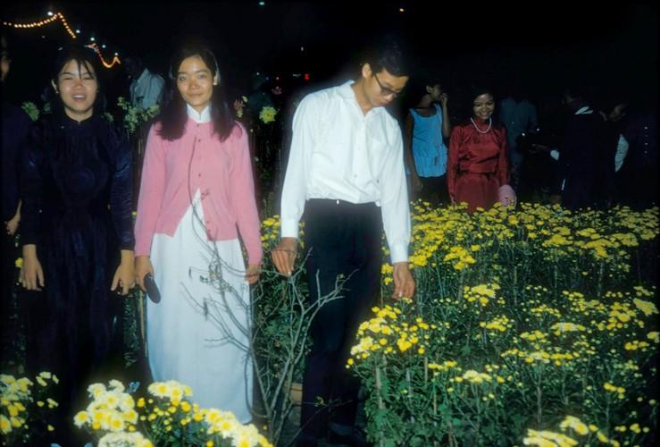 Anh dac biet ve cho hoa Tet Sai Gon nam 1966-Hinh-6