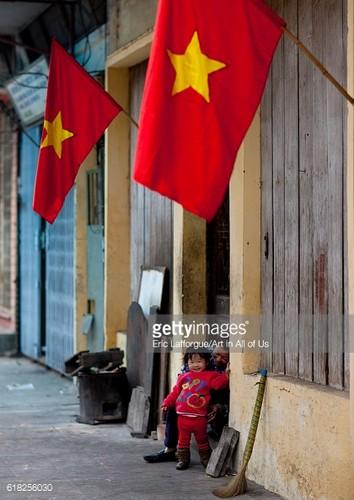 Anh than thuong ve Tet Viet trong ong kinh phong vien Tay-Hinh-7