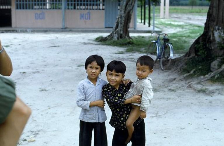 Anh doc tre em Viet Nam nam 1967 cua cuu binh My-Hinh-2
