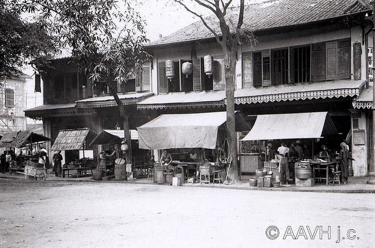 Loat anh cuc quy ve Cho Lon xua cua nguoi Phap (2)-Hinh-4