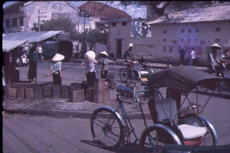 Sai Gon nam 1963 - 1964 trong anh cua Jack Waer (1)-Hinh-13