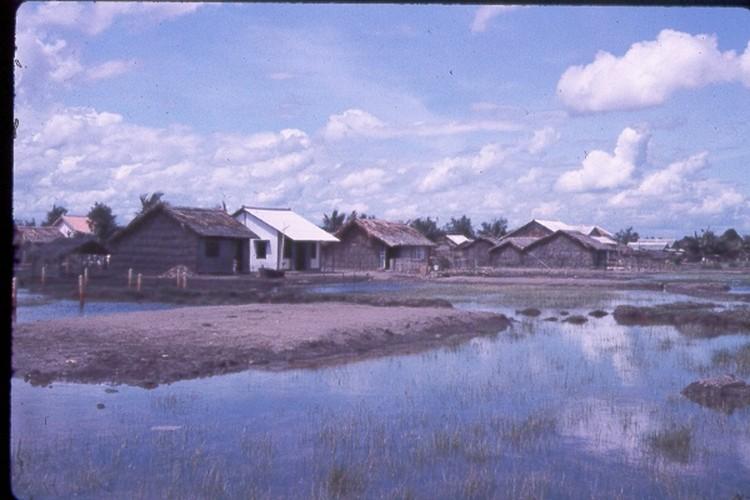 Sai Gon nam 1963 - 1964 trong anh cua Jack Waer (2)-Hinh-6