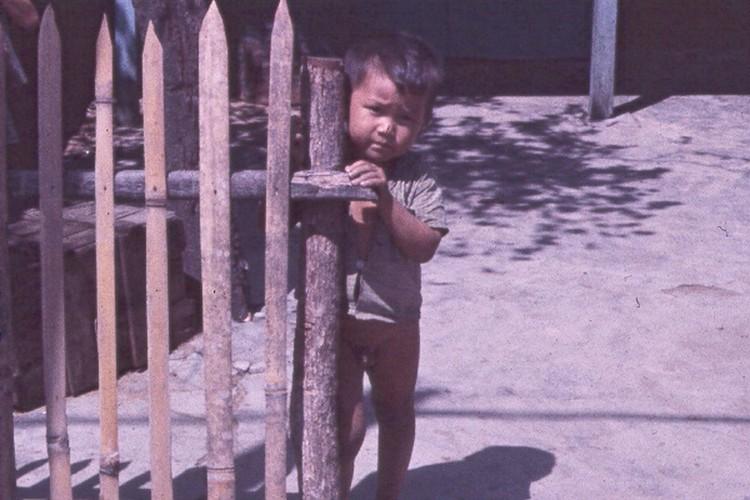 Sai Gon nam 1963 - 1964 trong anh cua Jack Waer (2)-Hinh-8